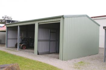 Fair Dinkum Farm Shed with Open Bays and Enclosed Bays